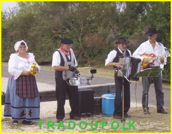 20070815-Musiciens des Carcinols à Boas